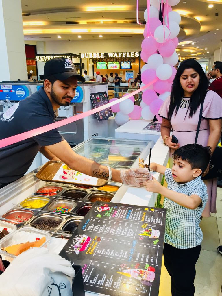 Froyo Launch by Renowned Comedian Gurpreet Ghuggi